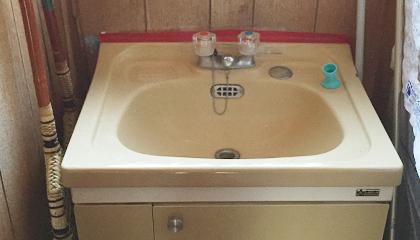 洗面台取替工事 施工前